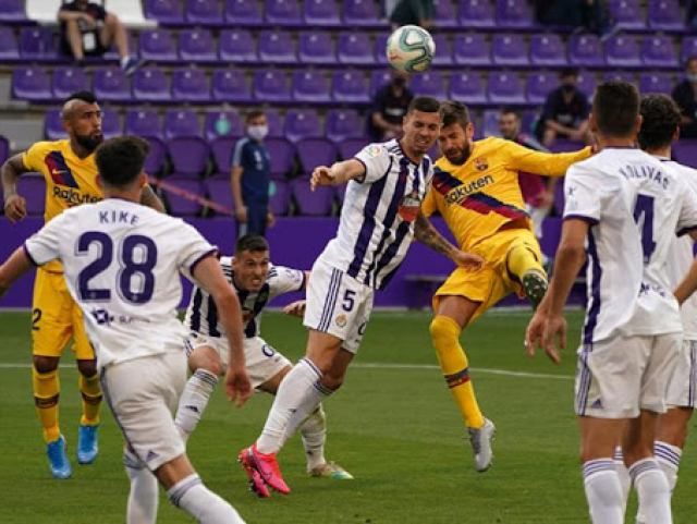 Barcelona vence Valladolid e segue na disputa do Campeonato Espanhol